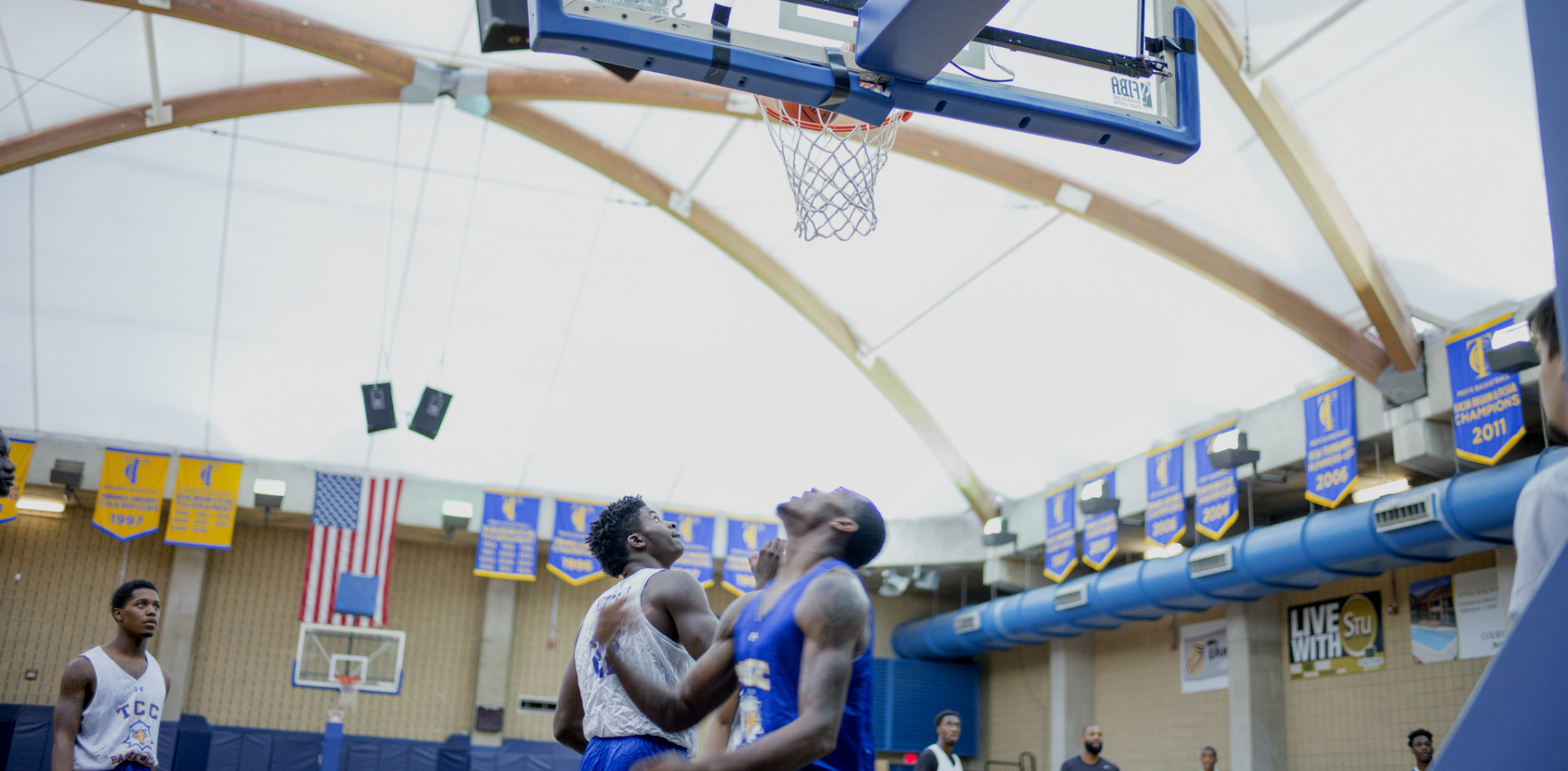 The 2016-17 men's basketball team practices in the Eagle Dome